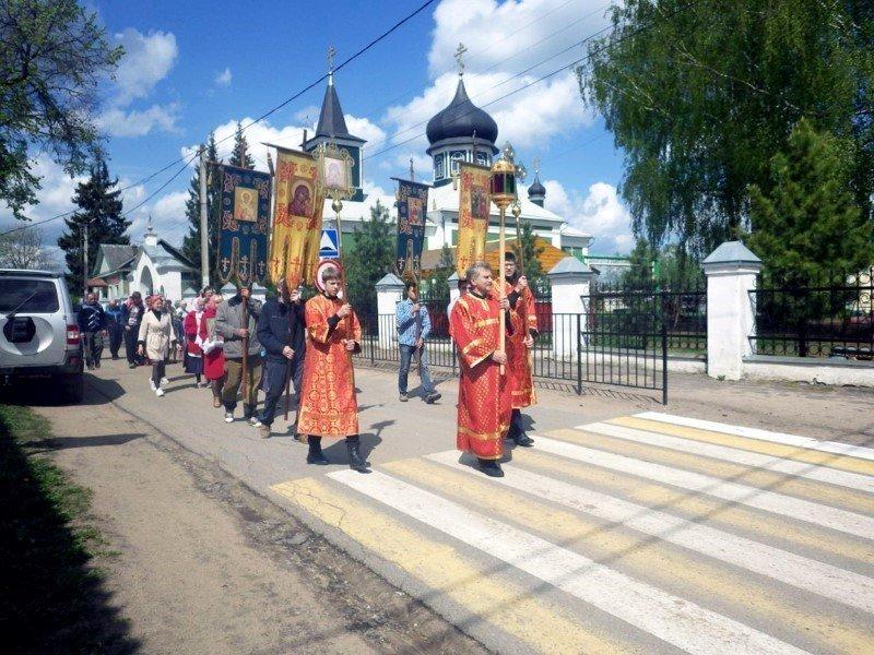 Крестный ход к Семичевскому бору в Велижском районе