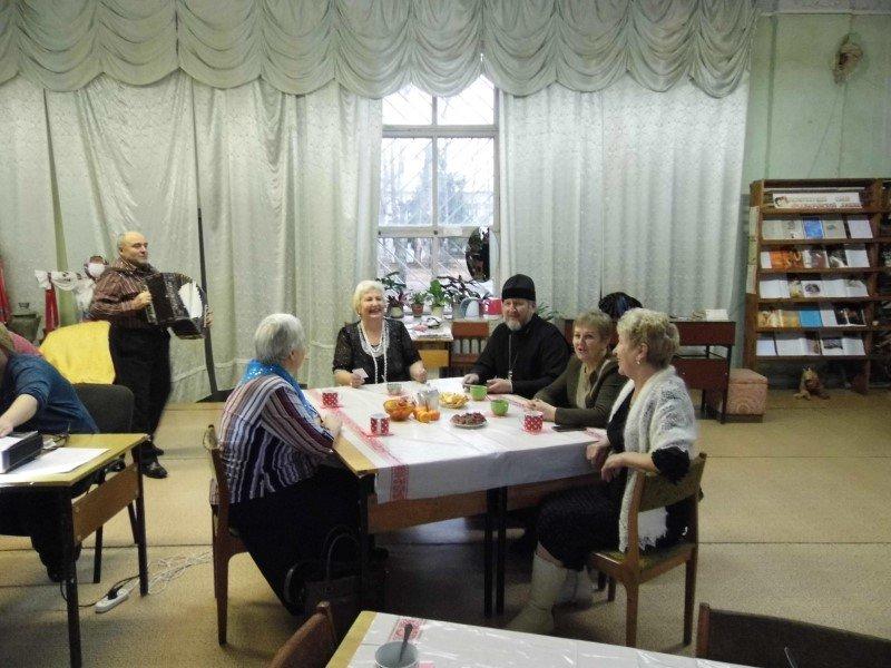 День матери на кафедре православной литературы Краснинской библиотеки